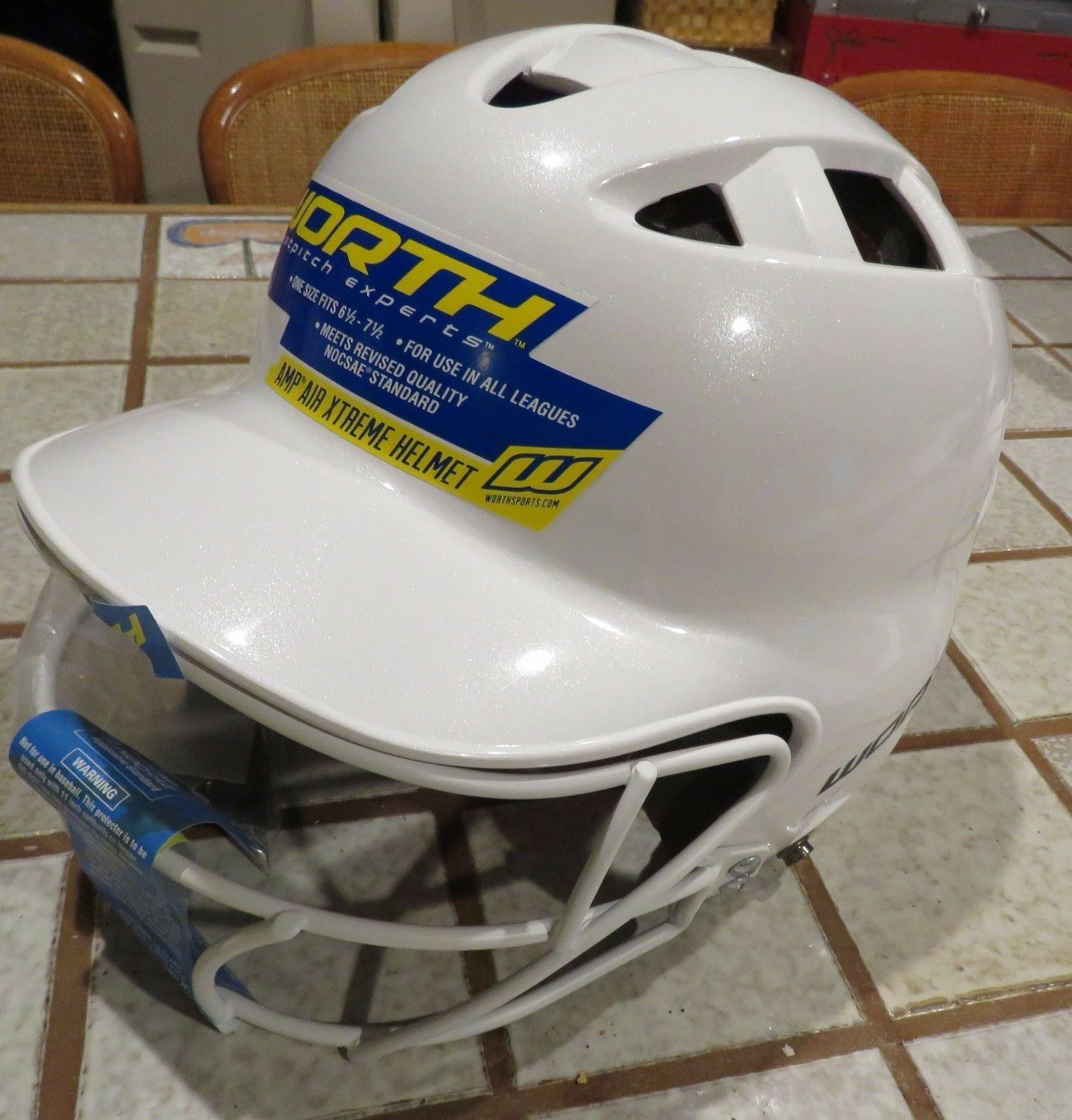 Worth Softball Helmet Fastpitch Amp Air Xtreme Ladies 6 1/2- 7 1/2 faceguard NEW
