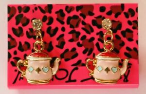 Betsey-Johnson-Crystal-Rhinestone-Enamel-Teapot-Post-Earrings