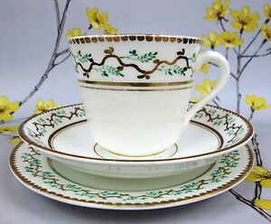 Antique-possibly-Victorian-hand-decorated-TEA-TRIO-Cup-Saucer-Side-Cake-Plate
