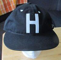 Urban Outfitters Herschel Supply Co Creston Baseball Cap Size M/l