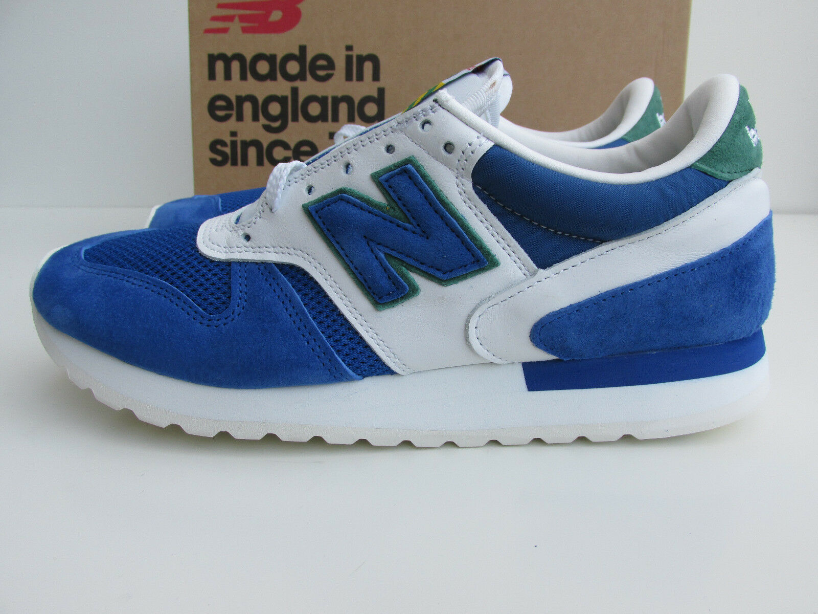 Bnib NEW BALANCE 770 CF   CUMBRIAN PACK      RRP    bluee   white