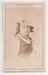 Vintage-CDV-Traditional-National-Costume-Switzerland-Canton-Vaud-Fahion