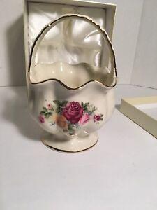 Details About Fine Porcelain European Home Decor By Js Imports Inc Bowl Candy Basket Nib