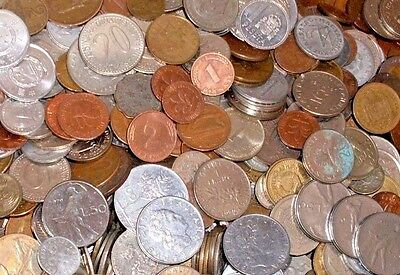 Grab Bag of 30 Different Foreign Coins /& 12 Banknotes Great Assortment!