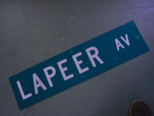 """Vintage ORIGINAL LAPEER AV STREET SIGN 36/"""" X 9/"""" WHITE LETTERING ON GREEN"""