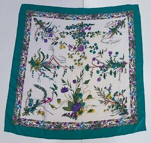 Foulard-Gucci-100-silk-pura-seta-original-made-in-italy-handmade-carre-scarf
