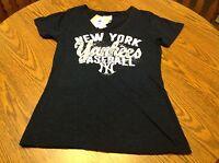 York Yankees Mlb Women's Tee Shirt Size Large,