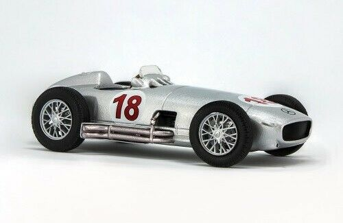 Mercedez-Benz W196 Diecast 1:43 Juan Manuel Fangio Collection Argentina 1954