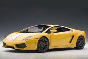 01:18 Autoart Lamborghini Gallardo Lp550-2 Midas Valentino Balboni Giallo