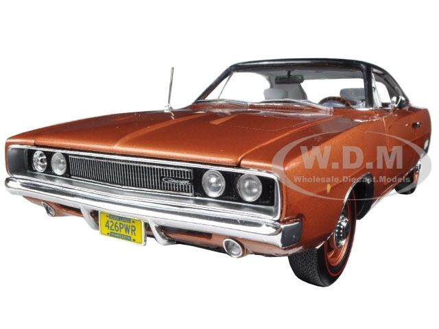 1968 DODGE CHARGER R/T 426 HEMMINGS MAGAZINE LTD 1002PCS 1/18 AUTOWORLD AMM1075