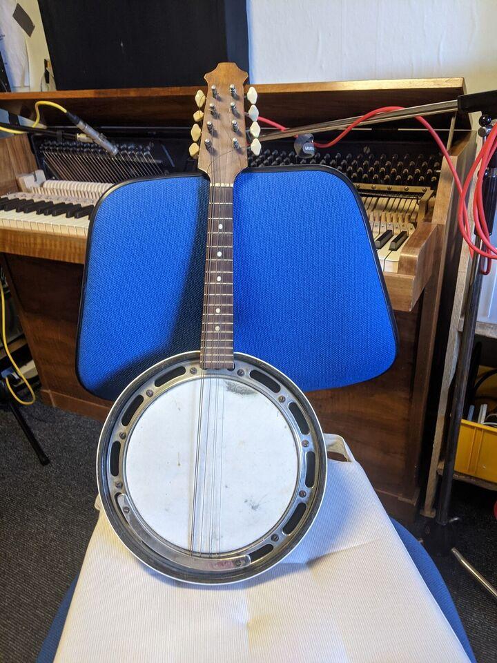 Mandolin banjo, Just poulsen