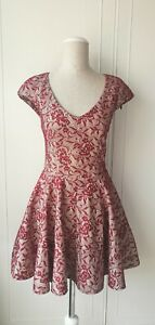 TOPSHOP-Stunning-Red-Lace-Fit-amp-Flare-Party-Dress-Floral-Design-Wedding-Size-10