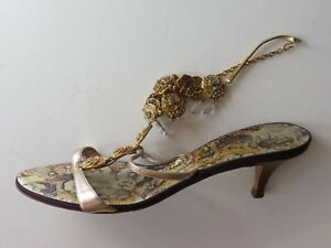 1a5db9cce60a Image is loading GIUSEPPE-ZANOTTI-EMBELLISHED-GOLD-LEATHER-SANDALS-Sz-EUR-