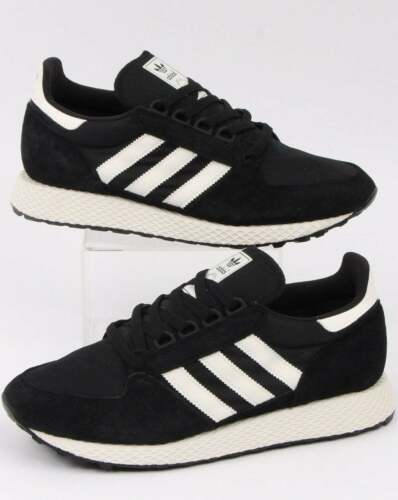adidas Forest Grove Trainers in Black /& Cloud White nylon suede retro runners