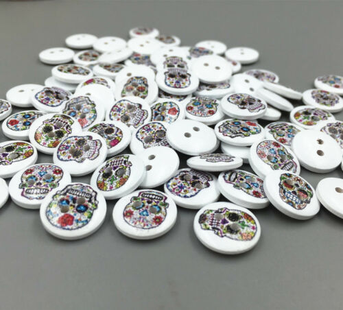 100pcs Wooden Buttons Skull pattern sewing scrapbooking decoration 15mm