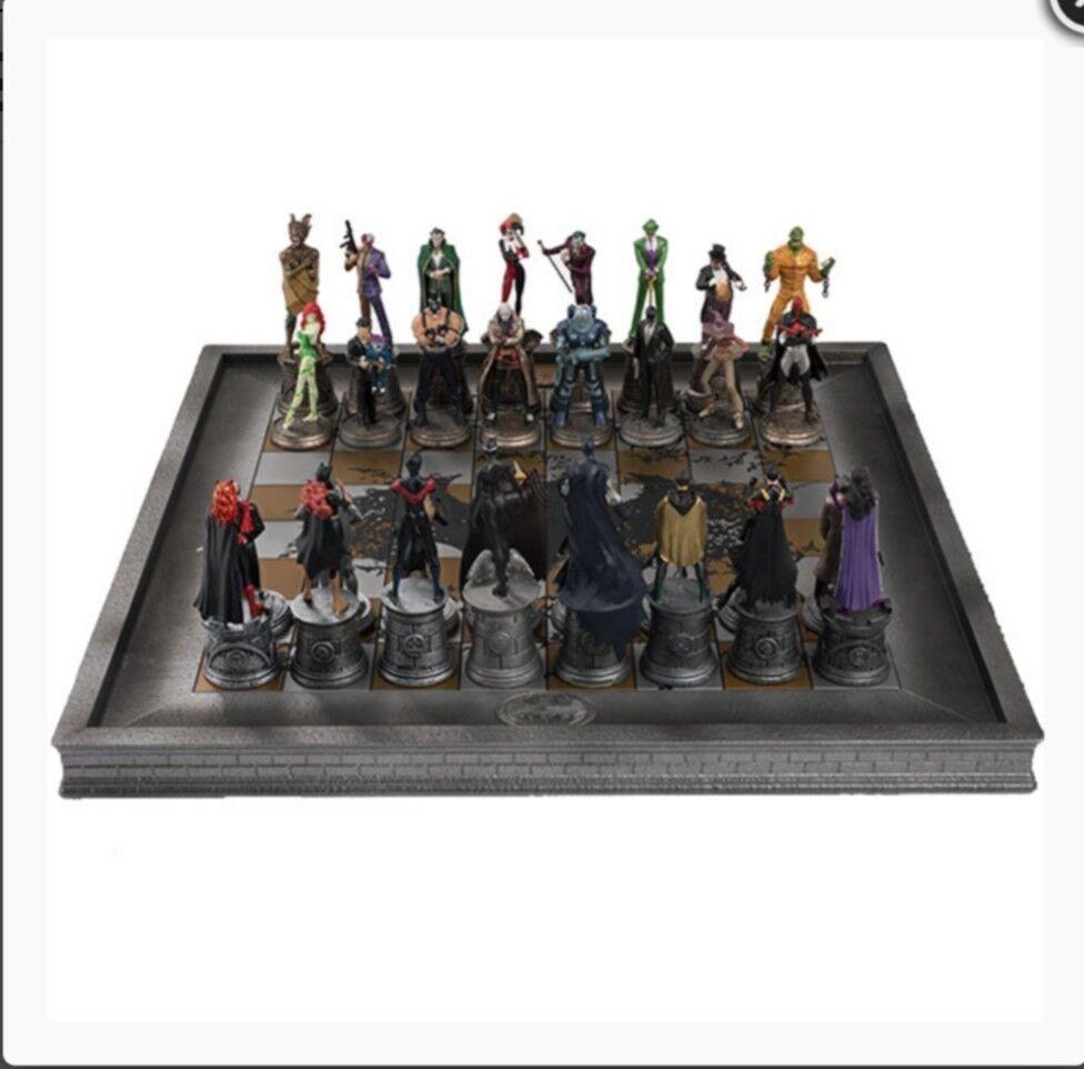 32 Teiliges Batman Schachspiel - Sonderedition