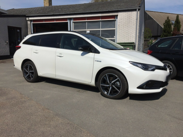 Toyota Auris 1,8 Hybrid H2 Selected Touring Sports CVT…