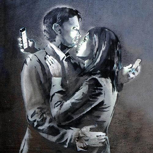 """Banksy Graffiti Artista 16/""""x16/"""" 40cm Cubierta para Cojín /""""Los amantes dos en los teléfonos móviles"""