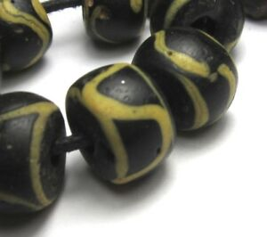 "34/"" STRAND OF RARE TINY//SMALL OLD AMAZING BLACK VENETIAN ANTIQUE BEADS"