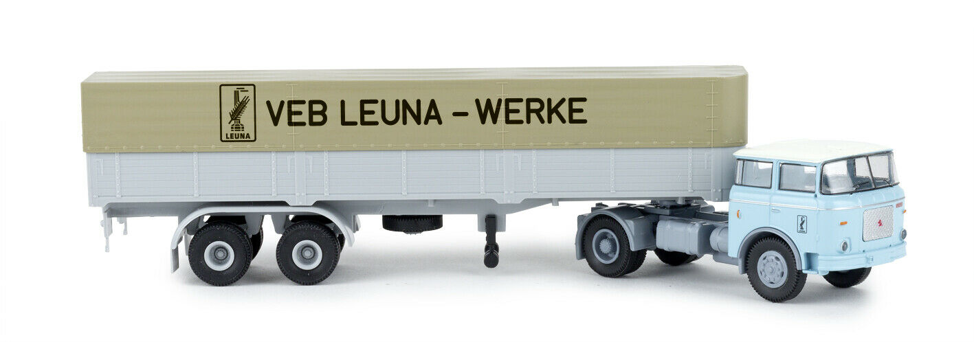 Brekina 71815 Liaz 706     Leuna   Works  , Car Model 1 87 (H0)