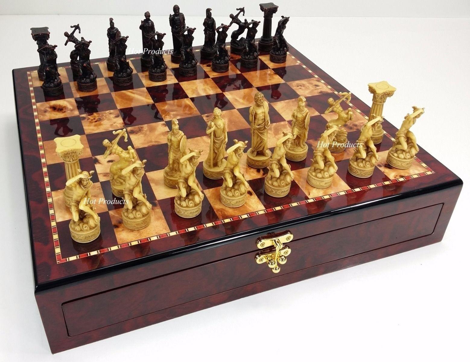 La mitología griega romana Dioses juego de ajedrez con 17  Placa de almacenamiento de información Color cereza brillante