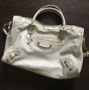 Image is loading AUTHENTIC-Balenciaga-City-Bag-in-Grey 5b972467057a5