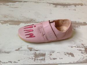 P31-Chaussons-Fille-EASY-PEASY-Neufs-Modele-Scratchi-Patmia-55-50