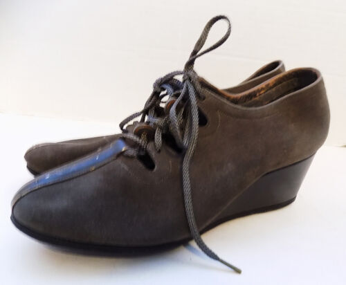 Vintage 40s 50s Brownish Gray Tie Wedge Heel Shoes