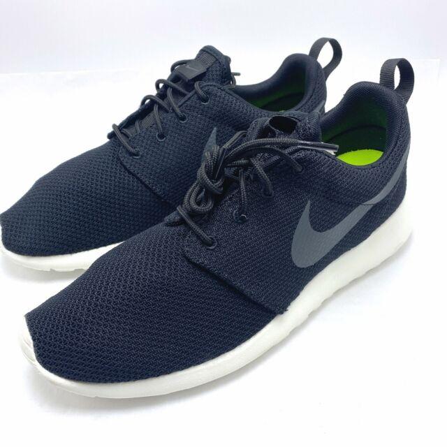 Nike Roshe One Sz 8 Black Sail