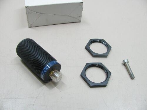 TELEMECANIQUE Induktiver Näherungsschalter Proximity Sensor XS4 P30PA370D NEU