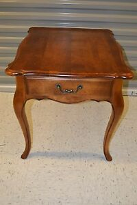 Ethan Allen Country French Lamp End Table Birch #26-8303 #236 Fruitwood (c)