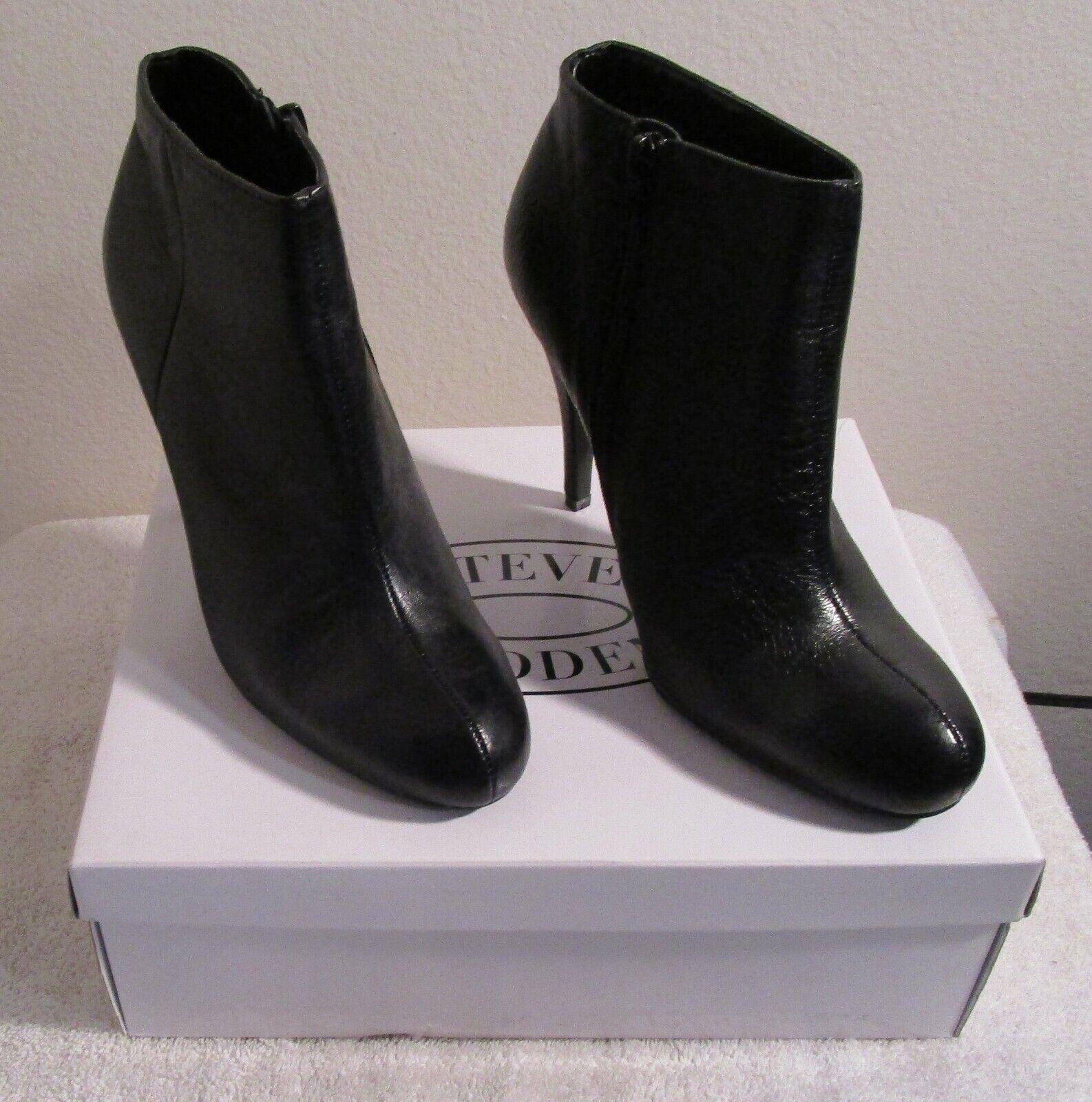 NIB Steve Madden Armen Womens Heeled Booties Boots 10 Black MSRP 90
