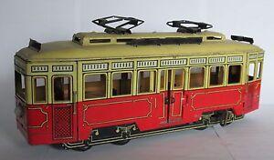 Giocattolo-in-latta-tin-toys-tram-Gunthermann