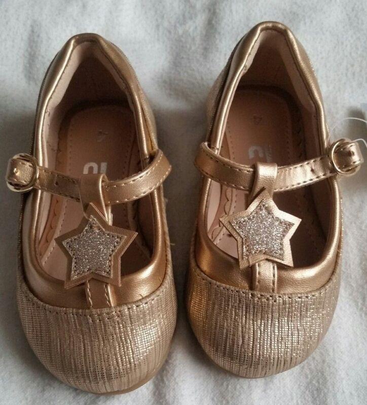 Patente de Oro Chicas Pom Pom Niños Bebé Zapatos Fiesta Boda Bautizo