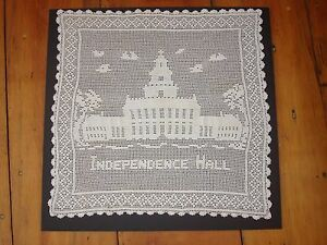 "Antiques Kitchen & Table Linens Well-Educated Antique Hand Crocheted Center Table Cover ""independence Hall"" 17.5"" By 17.5"""