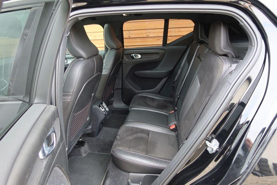 Volvo XC40 2,0 D4 190 R-Design aut. AWD Diesel 4x4 4x4 aut.