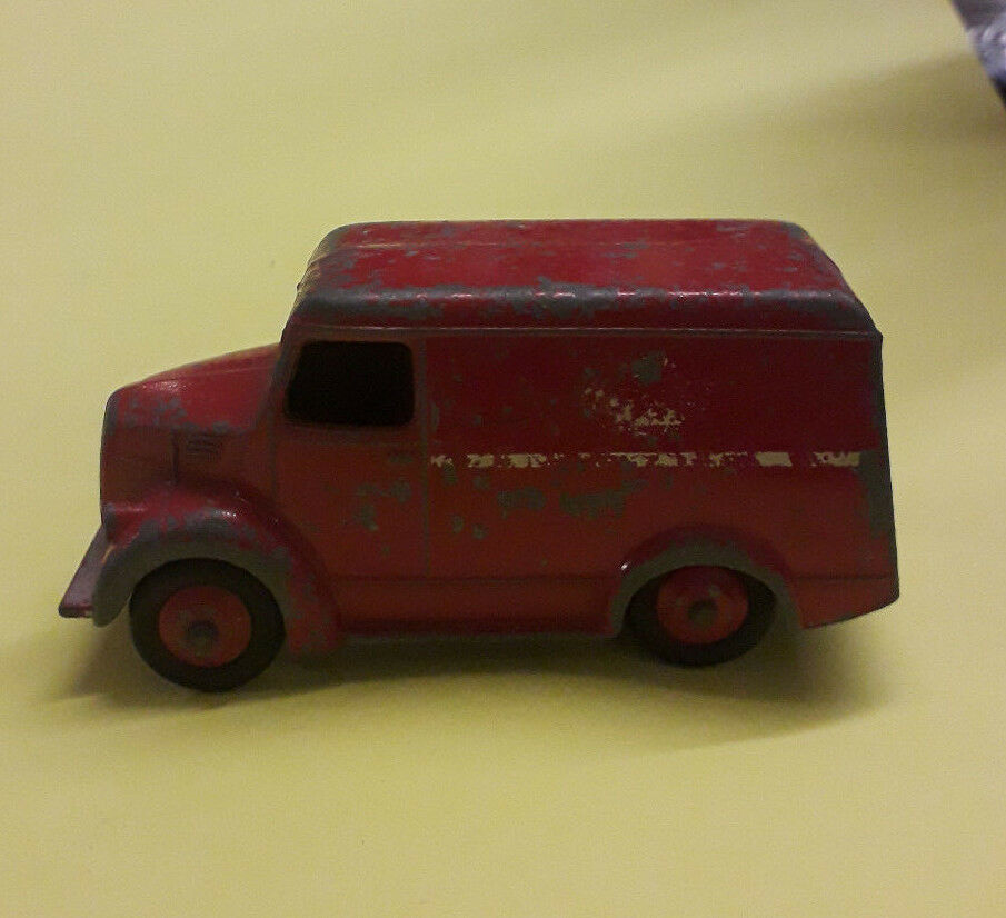 Dinky 31a Trojan 15cwt Van (Esso) Red Red Red with Maroon hubs 1950 85b780
