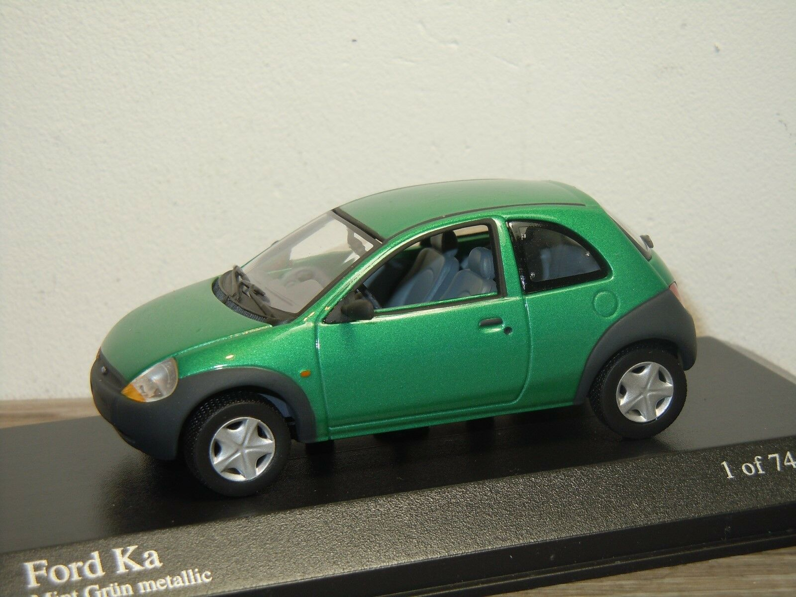Ford ka - minichamps 1 43 in kasten  36469