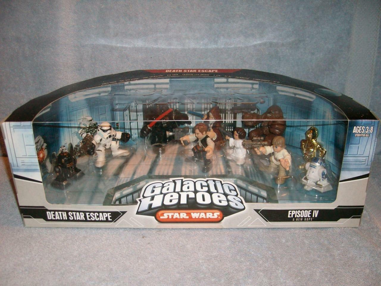 Death Star Escape Galactic Heroes Star Wars R2-Q5 R2-D2 Hasbro 2006 New Sealed