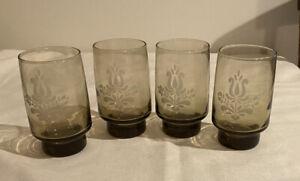SET-OF-4-Brown-Pfaltzgraff-USA-VILLAGE-4-3-4-034-10-oz-Etched-Tumblers-Glasses