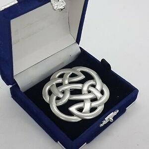 VINTAGE-Celtic-Knot-Brooch-St-Justin-Cornwall-Pierced-Pewter-Round-Kilt-Pin-Gift