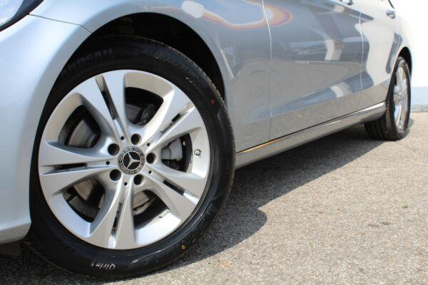 Mercedes C220 d 2,2 Avantgarde stc. aut. - billede 3