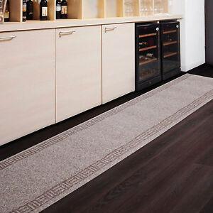 tapis de passage 7 tailles beige r sistant antiglisse cuisine couloir entr e ebay. Black Bedroom Furniture Sets. Home Design Ideas