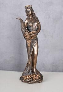 Fortuna-Figur-griechische-Gluecksgoettin-Frauenfigur-Antike-Skulptur-Mythologie