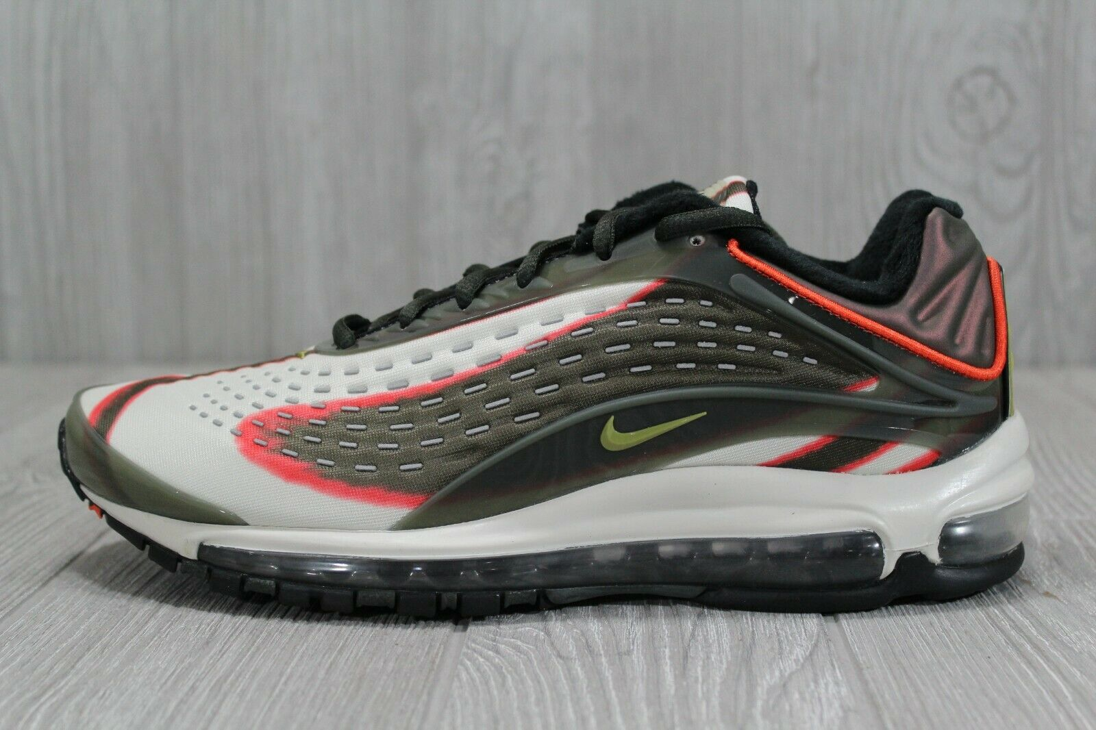 39 Nike Mens Air Max Deluxe Running shoes Sequoia Green SZ 8.5 - 10.5 AJ7831-300