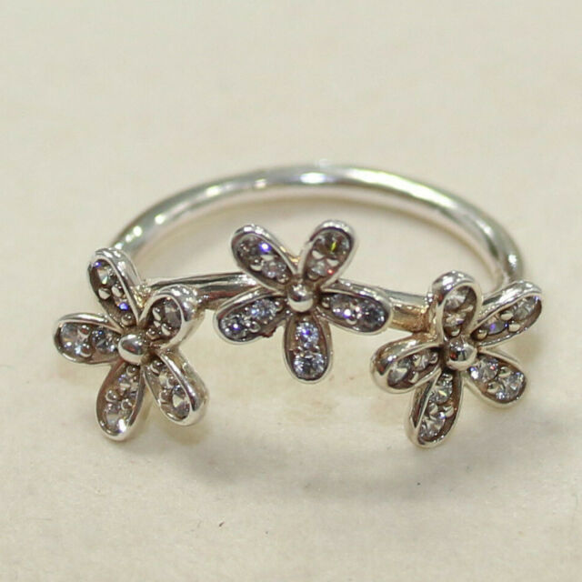Dazzling Daisy Silver Ring Crystal Inlay Size L and M  51 and 52
