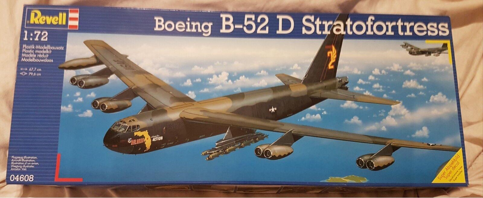 Revell Boeing b-52 D  US Stratofortress Bombardier 04608 Top Kit Kit 1 72  livraison gratuite