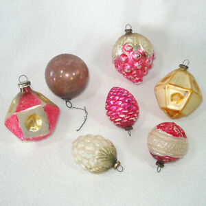 VINTAGE Japan Hand Blown MERCURY GLASS Christmas Feather Tree Ornaments Red Pinecone Snow Enhanced Christmas Tree Ornament Holiday Decor