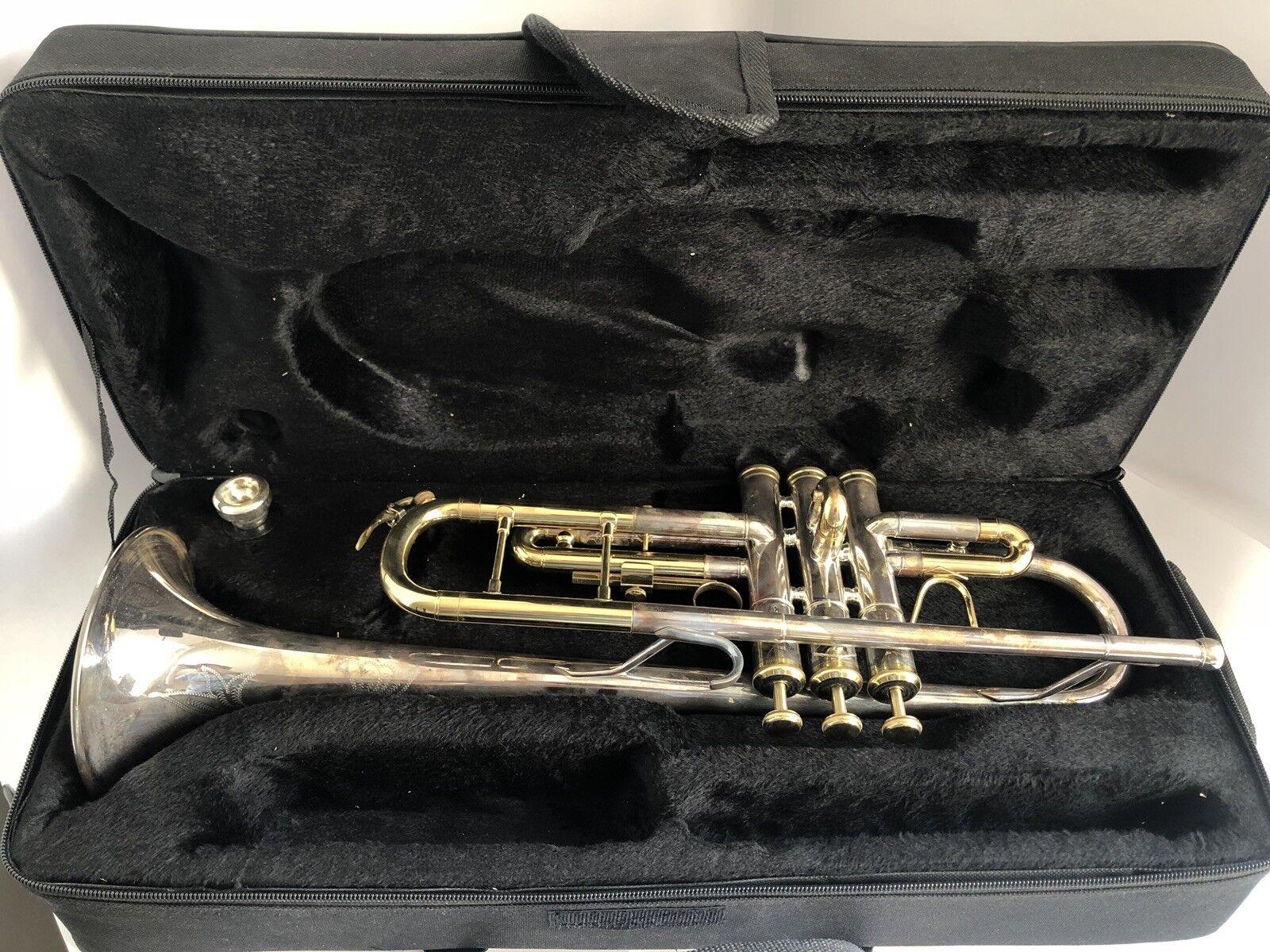 Vintage Silberplate Berkeleywind B-Flat Trumpet W  case + Mouthpiece