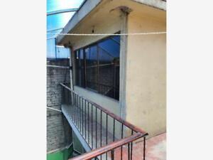 Casa en Venta en Los Reyes Ixtacala 1ra. Sección